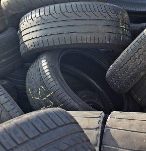 tyre scrap Exporters